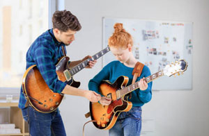 Guitar Teacher Amersham UK