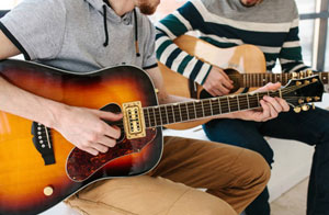 Guitar Lessons Mildenhall Suffolk (IP28)